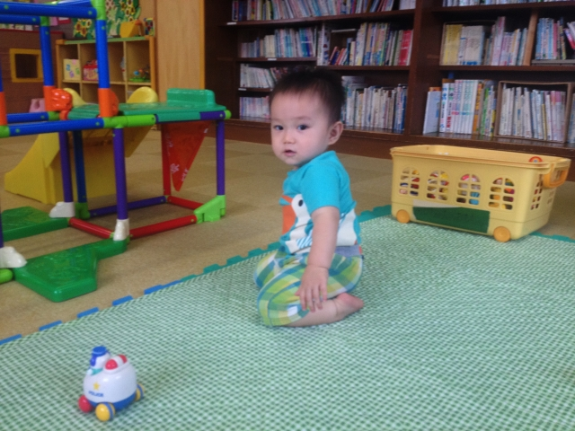 赤ちゃんに正座はよくない 短足やo脚の原因 メリット デメリットは